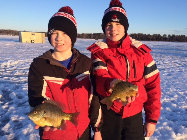Minnesota guide fishing service 39 s report 2 park for Ice fishing guides minnesota